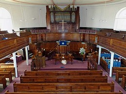 inside stroud congregatinal church